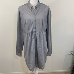 New York & Co extra long button blouse top
